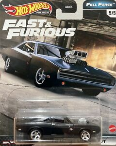Hot Wheels Premium Fast and Furious Full Force '70 Dodge Charger R/T 5/5