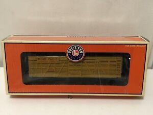 Lionel 6-17700 Union Pacific 40 Ton Stock Car w 4 Cows; In Original Box