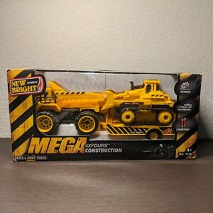 New Bright MEGA 4XFOURS Construction  Motorized Loader & Gravel Trucks Toys
