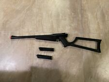 Airsoft Gas Rifle with 2 Mags