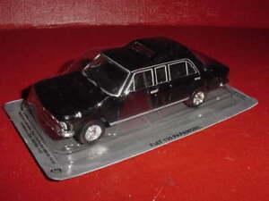 FIAT 130 PAPAMOBILE LIMOUSINE PAPE 1/43 IXO