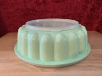 T30-  3 Piece Tupperware Jello Mold Ice Ring Mint Green 1202 Complete Used