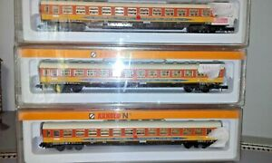 ARNOLD - N Scale - Passenger Coaches [lot of 3]