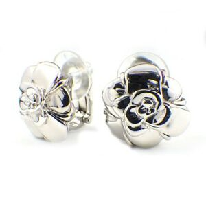 Auth CHANEL Clip-On Earrings Camellia 750(18K) White Gold
