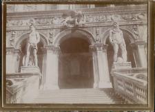 Italie, Venise, Entrée d'un Palazzo, ca.1900, Vintage citrate print Vintage