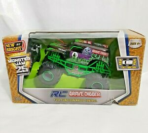 New Bright Full Function Radio Control RC Monster Jam 1:24 Grave Digger Truck