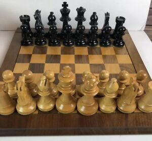 Vintage 1945 E S Lowe France Hand Carved Chess Set Men Chessmen Wood Box