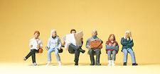 """Preiser 10412 H0 Figuren """"Sitzende Reisende""""  #NEU in OVP##"""
