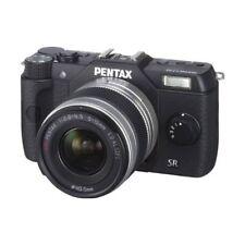 Near Mint! Pentax Q10 with 5-15mm f/2.8-4.5 Black - 1 year warranty