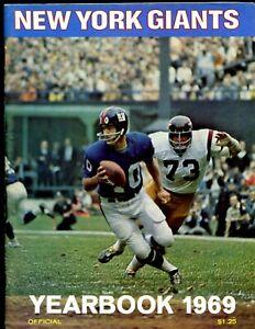 1969 NFL Football New York Giants Yearbook EXMT