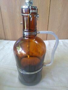 Amber Glass Growler 2 Liter (64 oz) Beer Jug Swing Lid Handle Muster Geschutzt