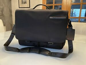 Tumi Messenger Bag, Great Condition