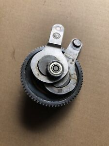 Stihl HLA65 HLA85 battery hedge trimmer Con Rod And Spur Gear Assembly