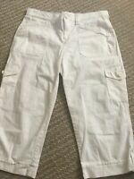 Women Gloria Vanderbilt Brand jean capri White with pockets Size 6