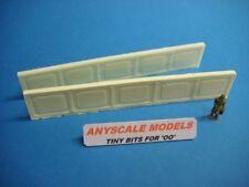 OO/4mm Model Railway.  Bridge girders. Pair of cast Iron frames. (019)