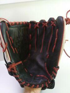 DeMarini Insane Right-Hand Thrower Softball Baseball Mitt