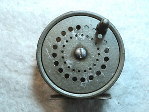 """Vintage Circa 1950 Cast Aluminum Fly Fishing Trout Reel 3 3/8"""" Fixed Click Works"""