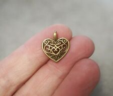10 Ornate Heart Charms, Heart Pendants  - 16mm, Antique Bronze