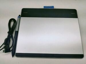 Wacom Intuos CTH-480/S Touch Graphics Tablet with Creative Pen Small