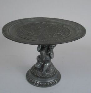 Continental Cast Pewter Tazza or Footed Dish, Late 19th Century