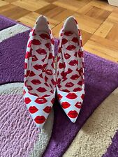 Womens heels size 6, red pumps