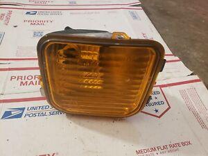 2006-2010 Hummer H3 H3T Left Driver Side  OEM light Turn Signal Bracket
