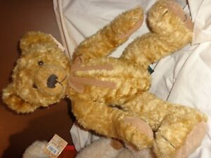 LIMITED EDITION SIGNED RUSS BERRIE BEAR DORCHESTER