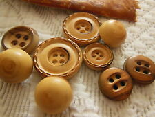panaché lot  boutons vintage en bois brut 1,7 à 2,6  cm  ref 1513