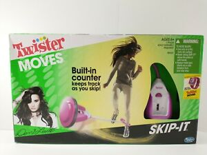 Twister Moves SKIP-IT Demi Lovato Limited Edition HASBRO Electronic Toy Game NEW