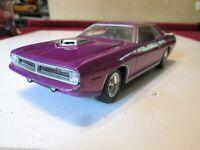Hemi Cuda by Johnny Lightning 1970 Plymouth Hemi Cuda 1:24 Plum Crazy Purple