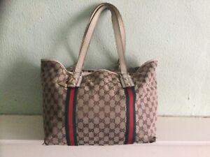 ** Genuine Gucci Large shoulder tote bag with bag charm