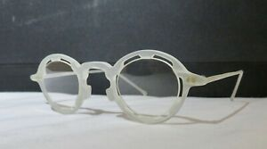 NOS, Rare l.a. Eyeworks Vintage Regumba eyeglasses frosted clear, round, w/case