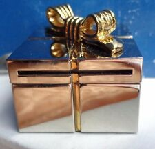Darling Little Silver Gift Box With Gold Bow Frame And Clock For Desk Nib