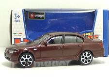 "Bburago 30010 BMW 545i  ""Braun"" METAL Scala 1:43"