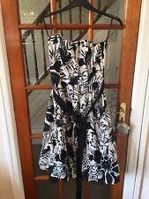 F&f Black And White Detachable Straps Dress Size 12 Netting