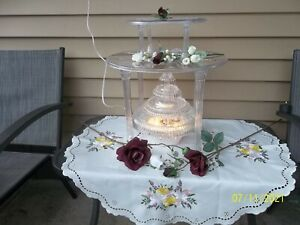WILTON KOLOR-FLO LIGHTED CASCADE WATER FOUNTAIN & 2 Cake Platters w/ Pillars EUC