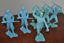 6 MARX 1963 6 INCH WWII RUSSIAN ARMY SOLDIERS RIFLE BUTT OFFICER BLUE GREEN
