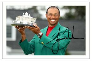 TIGER WOODS GOLF SIGNED AUTOGRAPH PHOTO THE MASTERS 2019