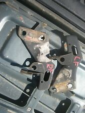 1992 TOYOTA HILUX TRUCK LEFT RIGHT BRACKET BRACE SUPPORT FOR FRONT BUMPER