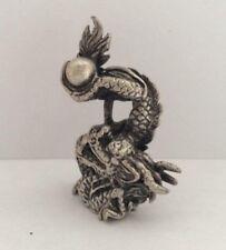 Statuette amulette laiton argenté figurine CHINE DRAGON PERLE Thaïlande