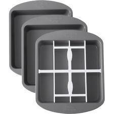 Wilton 71754 Square Chequered Cake Pan Set