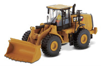 DIECAST MASTERS 85948 1:87 SCALE CAT 966M WHEEL LOADER (MIB)