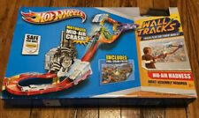 Hot Wheels Wall Tracks Mid-Air Madness Booster Trackset 5+ New In Box