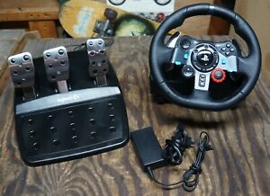 Logitech G29 Driving Force Racing Wheel & Pedals For PlayStation 4 / 3 & PC