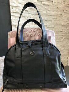 Lululemon Om for All Bag /Black /Handles Zip Large Travel Gym /EUC/Faux Leather