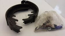 CARQUEST BS723 REAR BRAKE PADS FOR FORD SET OF 2 ONLIES NNB