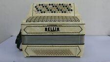 Bellini altes diatonisches Akkordeon elfenbeinfarben