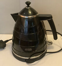 BLACK 1.7 LITRE DeLONGHI CORD ELECTRIC KETTLE LOVINGLY USED EXCELLENT CONDITION