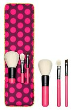 MAC NUTCRACKER SWEET ESSENTIAL BRUSH KIT 3 PC SET Limited Edition New in Box