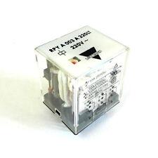 Relè/relais GAVAZZI 220Vac 3 scambi 10A RPYA003A220LT